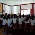 """""""Recibimos la vida"""" en nuestro colegio de Niefang"""