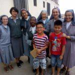 Misión en el barrio PROFAM de Perú